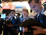 Wall Street Records Strong Lead, Asian Markets Fall